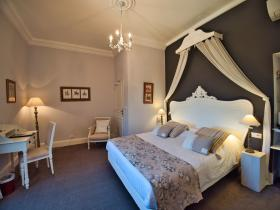 Double XL (n°2) - Hotel Edward 1er - Monpazier - Dordogne -France