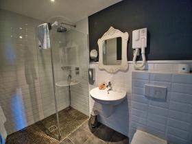sdb - Hotel Edward 1er - Monpazier - Dordogne -France