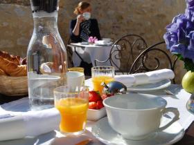 breakfast at Hotel Edward 1er - Dordogne