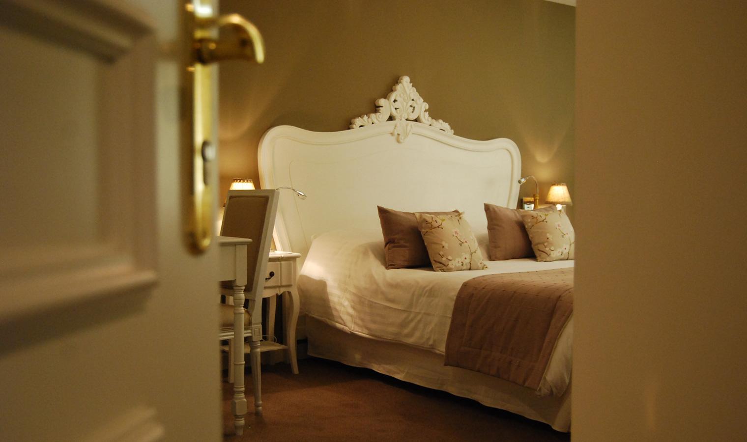 Chambre-Double-Large-Monpazier-Dordogne