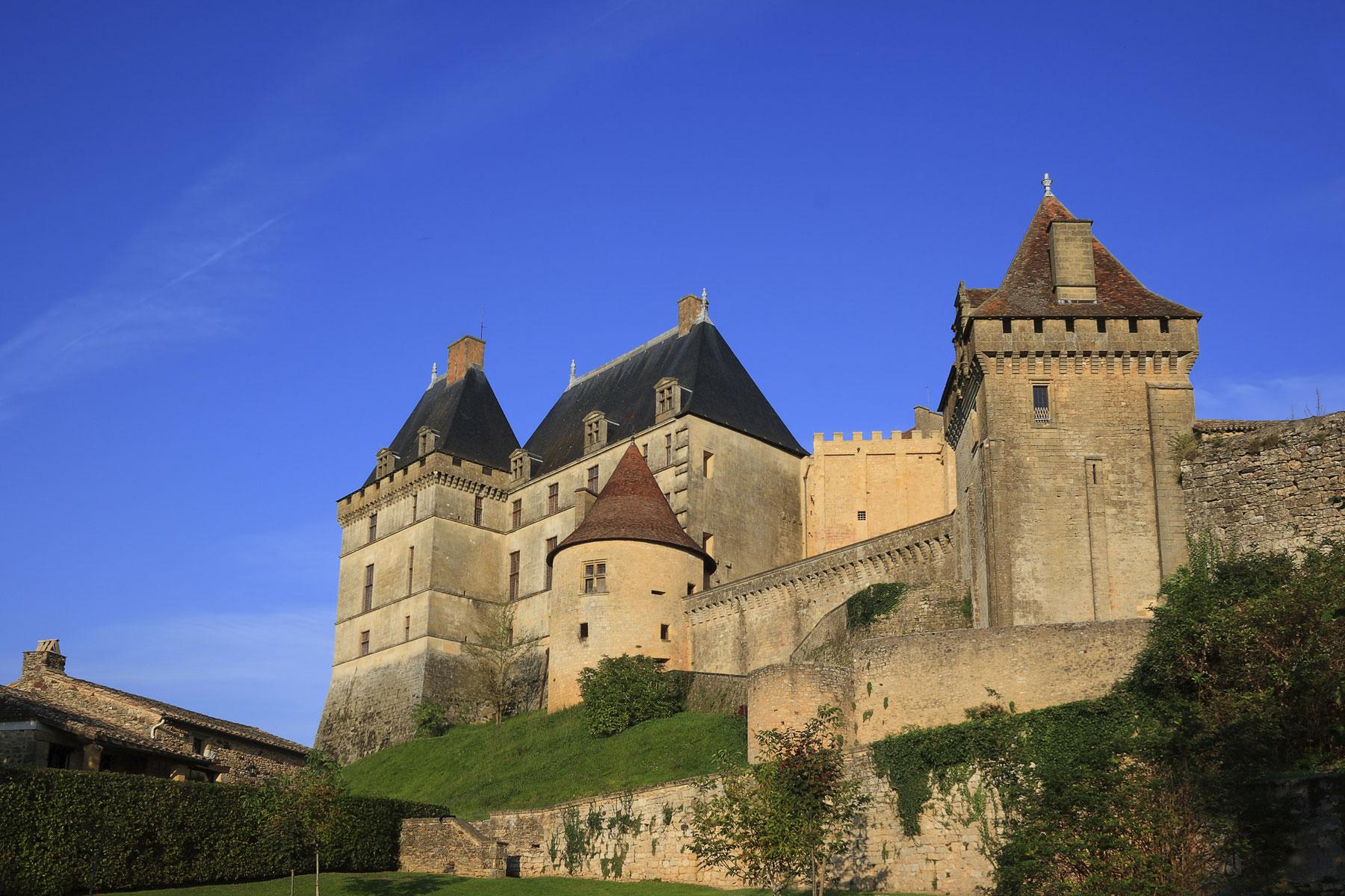Chateau-Biron-Hotel-Edward1er-Dordogne