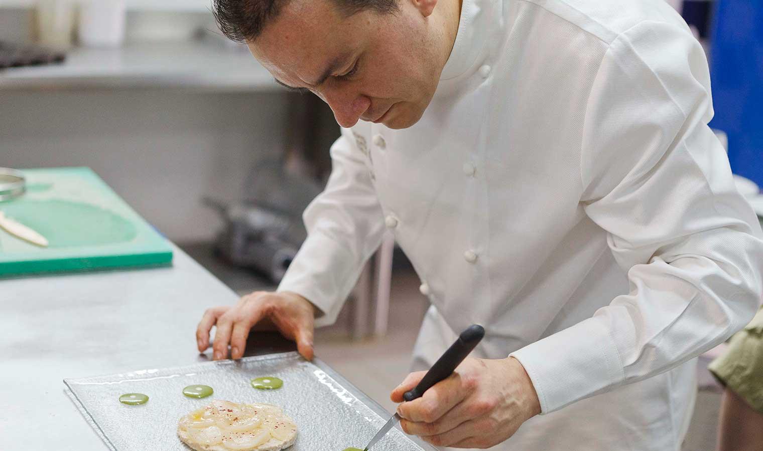 Chef-de-cuisine---Restaurant-Eléonore---Hotel-Dordogne
